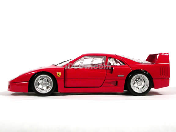 1989 Ferrari F40 diecast model car 1:18 scale die cast by Hot Wheels - Red