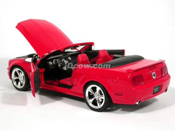 2005 Ford Mustang GT diecast model car 1:18 scale convertible by Hot Wheels - Red Convertible