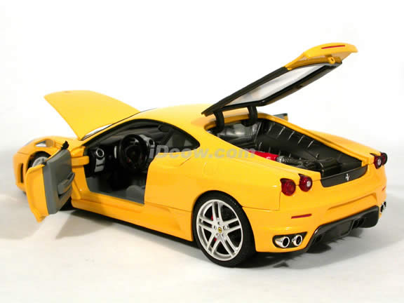 2006 Ferrari F430 diecast model car 1:18 scale diecast by Hot Wheels - Yellow