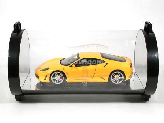 2006 Ferrari F430 diecast model car 1:18 scale diecast by Hot Wheels - Yellow