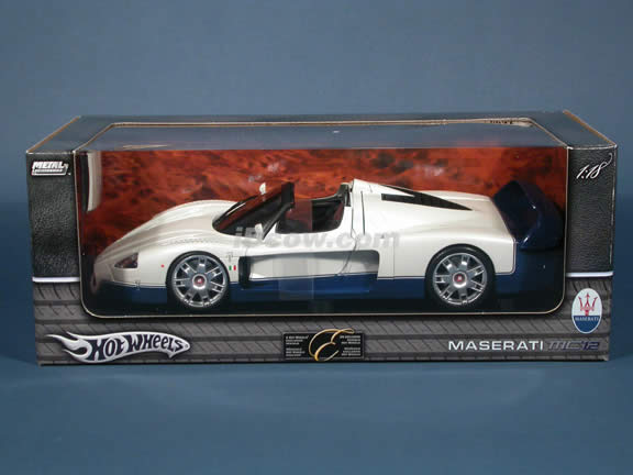 2005 Maserati MC12 diecast model car 1:18 scale diecast by Hot Wheels - White