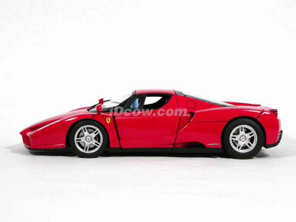 2002 Ferrari Enzo diecast model car 1:18 scale die cast by Hot Wheels Elite - Red Elite J2919
