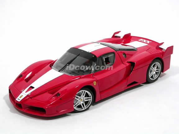 2006 Ferrari FXX Enzo diecast model car 1:18 scale die cast by Hot Wheels Elite - Red J8246-0510