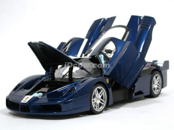 2006 Ferrari FXX Enzo diecast model car 1:18 scale die cast by Hot Wheels Elite - Blue J8247