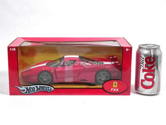 2006 Ferrari FXX Enzo diecast model car 1:18 scale die cast by Hot Wheels - Red J2854