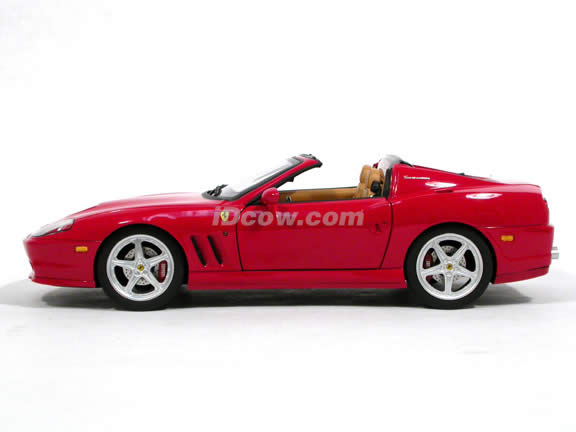 2006 Ferrari 575M Superamerica diecast model car 1:18 scale die cast by Hot Wheels Elite - Red J2921