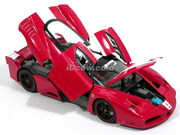 2006 Ferrari FXX Enzo diecast model car 1:18 scale die cast by Hot Wheels Super Elite - Red K4145