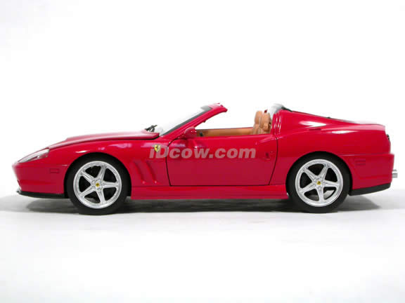 2006 Ferrari 575M Superamerica diecast model car 1:18 scale die cast by Hot Wheels - Red J2858