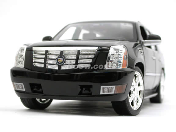 2007 Cadillac Escalade diecast model SUV 1:18 scale die cast by Hot Wheels - Black J7786