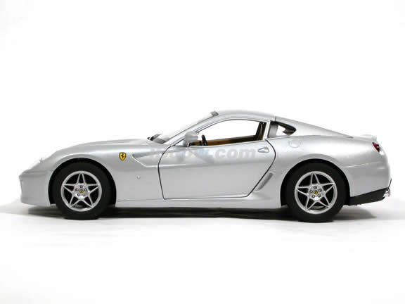 2007 Ferrari 599 GTB Fiorano diecast model car 1:18 scale die cast by Hot Wheels - Silver J2875
