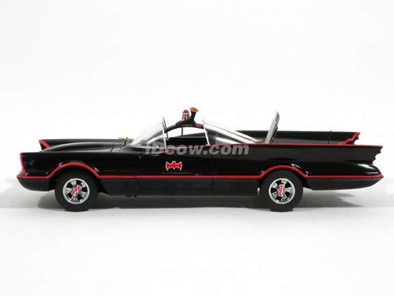 1966 Batmobile diecast model car 1:18 scale TV Series by Hot Wheels Elite - Elite L7130