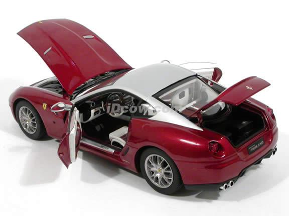 2008 Ferrari 599 GTB diecast model car 1:18 scale Fiorano by Hot Wheels Elite - Maroon Silver N2067