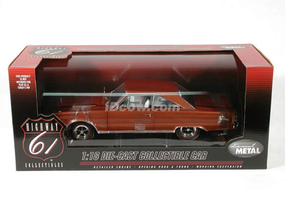 1967 Plymouth GTX Hemi diecast model car 1:18 scale die cast by Highway 61 - Bronze