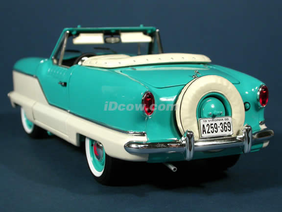 1959 Metropolitan 1500 diecast model car 1:18 scale die cast by Highway 61 - Teal & White