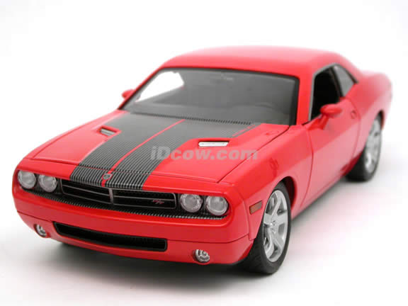 2008 Dodge Challenger diecast model car 1:18 scale die cast by Highway 61 - Orange