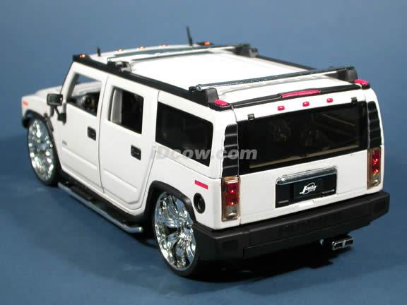 2004 Hummer H2 Diecast Model Suv With Spintek Evo H Wheels 118