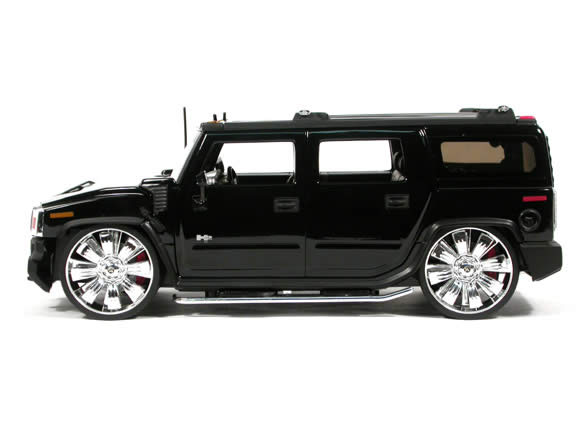2004 Hummer H2 diecast model SUV with Spintek EVO-H Wheels 1:18 scale die cast from Dub City Jada Toys - Black