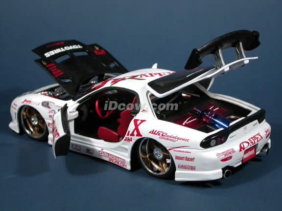 1994 Mazda RX-7 diecast model car with Wheels by RacingHart & Da Luck 1:18 scale die cast from Import Racer Jada Toys - White