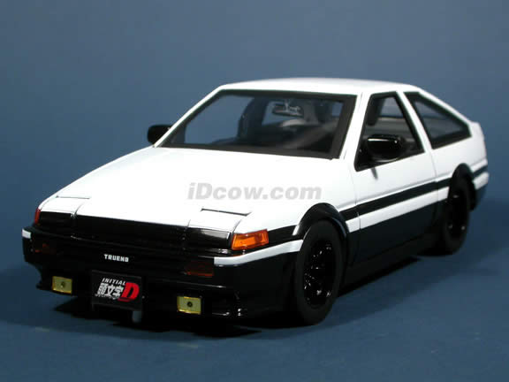 1985 Toyota Trueno AE86 Initial D diecast model car 1:18 scale die cast by Jada Toys