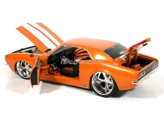 1968 Chevrolet Camaro diecast model car 1:18 scale die cast from Dub City BigTime Muscle Jada Toys - Metallic Orange