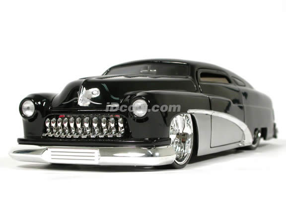 1951 Mercury diecast model car 1:18 scale die cast by Jada Toys - Black