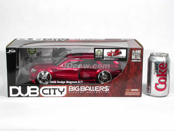 2006 Dodge Magnum R/T diecast model car 1:18 scale die cast by Jada Toys Dub City - Metallic Red 90292