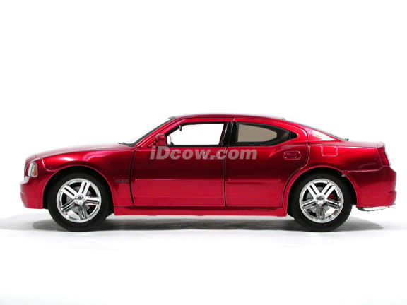 2006 Dodge Charger R/T diecast model car 1:18 scale die cast by Jada Toys Showroom Floor - Metallic Red 90725