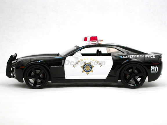 2006 Chevy Camaro Concept Police Car diecast model car 1:18 scale die cast by Jada Toys DUB CITY HEAT - 91461