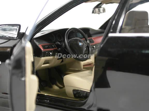 2003 BMW 530i diecast model car 1:18 scale die cast from Jadi - Black