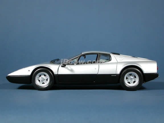 Ferrari 365 GT4/BB diecast model car 1:18 scale die cast from Kyosho - Silver