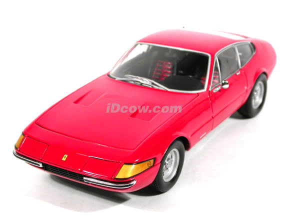 1971 Ferrari Daytona 365GTB/4 diecast model car 1:18 scale die cast from Kyosho - Red