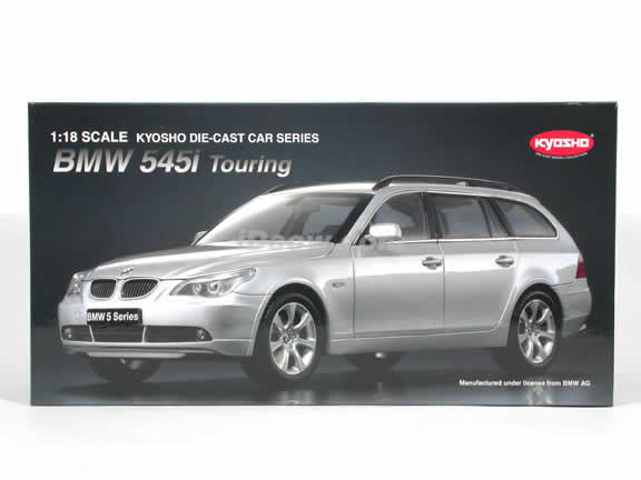 2005 BMW 545i Touring Wagen diecast model car 1:18 scale die cast from Kyosho - Silver
