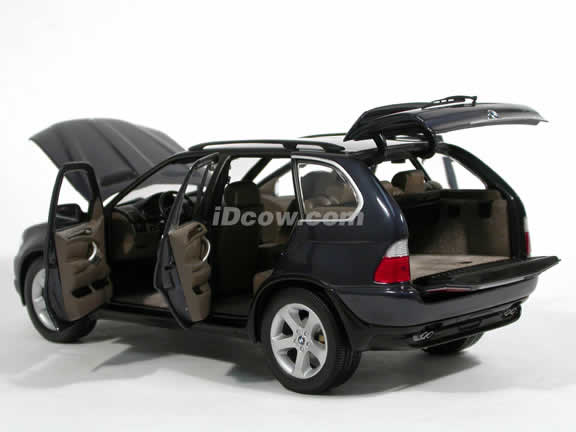 2005 BMW X5 diecast model car 1:18 scale die cast from Kyosho - Metallic Blue 08522BL