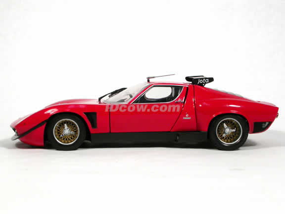 1970 Lamborghini Jota diecast model car 1:18 scale die cast from Kyosho - Red 08311R
