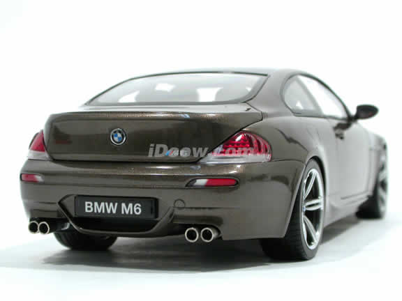 2006 BMW M6 diecast model car 1:18 scale die cast from Kyosho - Bronze 08703BZ