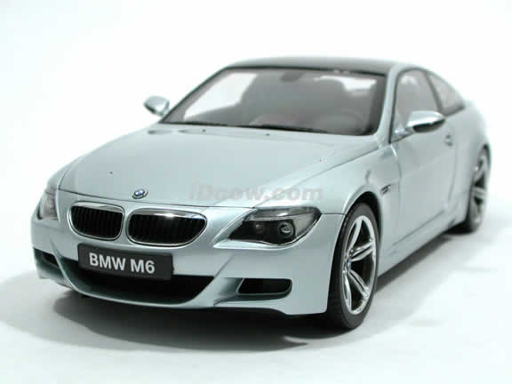 2006 BMW M6 diecast model car 1:18 scale die cast from Kyosho - Silver 80703S