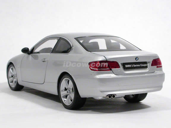 2007 BMW 330i Coupe diecast model car 1:18 scale from Kyosho - Silver 08735S