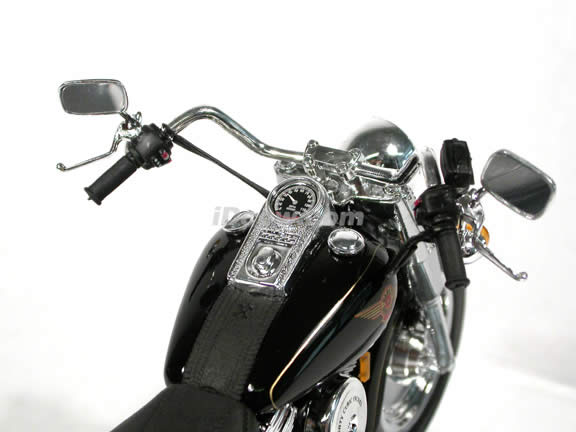 1999 Harley Davidson FAT BOY FLSTF Model Diecast Motorcycle 1:10 die cast by Maisto - Black