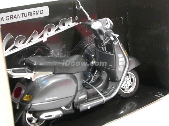 2004 Vespa Granturismo diecast scooter 1:12 scale die cast by NewRay - Metallic Grey