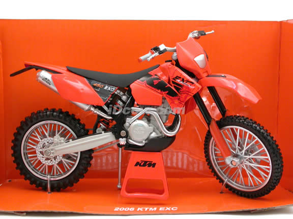 2006 KTM EXC diecast dirt bike motorcycle 1:12 scale die cast by NewRay - 42427