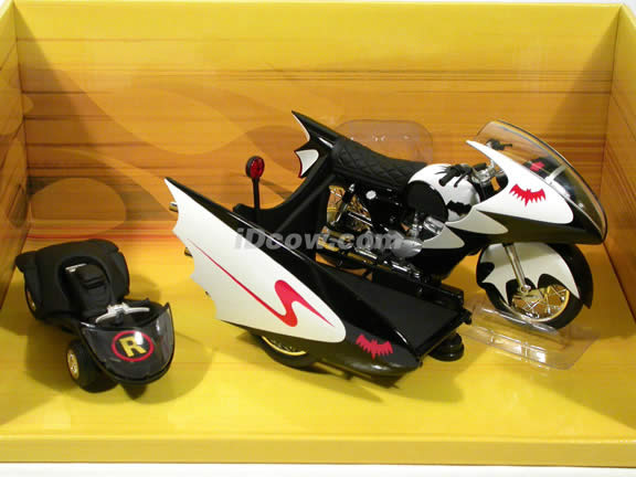 1966 Batcycle and Sidecar diecast motorcycle Model 1:12 scale die cast by Hot Wheels
