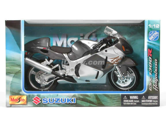 2005 Suzuki GSX 1300R Hayabusa Diecast Motorcycle Model 1:12 scale die cast from Maisto - Silver