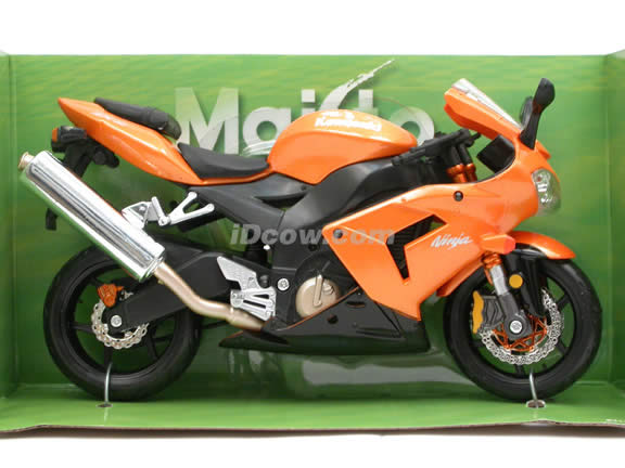 2005 Kawasaki Ninja ZX-10R Diecast Motorcycle Model 1:12 scale die cast from Maisto - Orange 31105