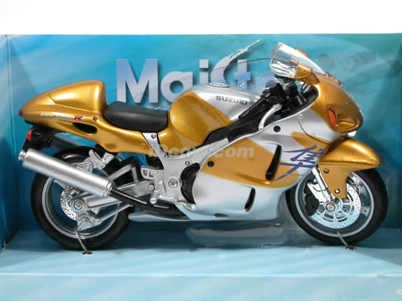 2005 Suzuki GSX 1300R Hayabusa Diecast Motorcycle Model 1:12 scale die cast from Maisto - Gold