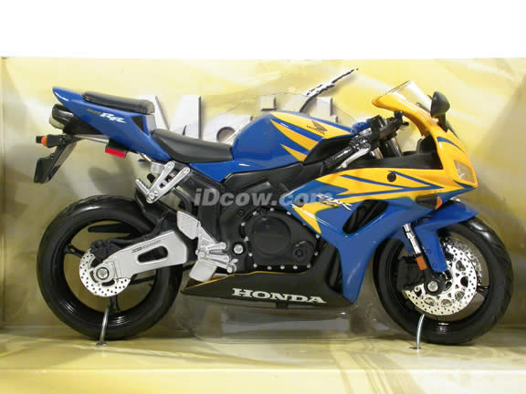 2007 Honda CBR 1000RR Diecast Motorcycle Model 1:12 scale die cast by Maisto - Blue Yellow 31151