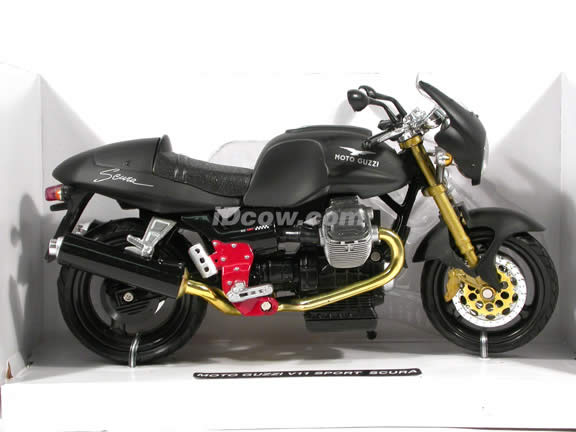 2002 Moto Guzzi V11 Sport Scura diecast motorcycle 1:12 scale die cast by NewRay - Black