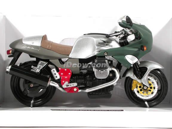 2002 Moto Guzzi V11 Le Mans Tenni diecast motorcycle 1:12 scale die cast by NewRay - Silver Green