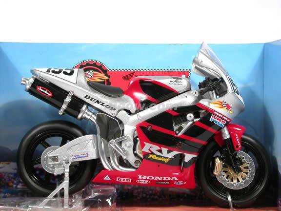 2002 Honda RC51 Honda Racing #155 diecast motorcycle 1:12 scale die cast by NewRay - Silver