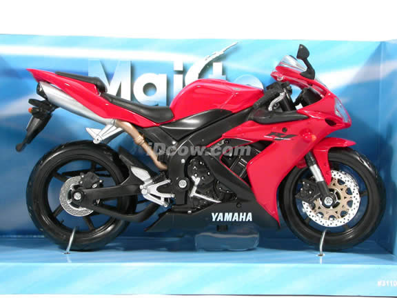 2004 Yamaha YZF R1 diecast motorcycle 1:12 scale die cast by Maisto - Red
