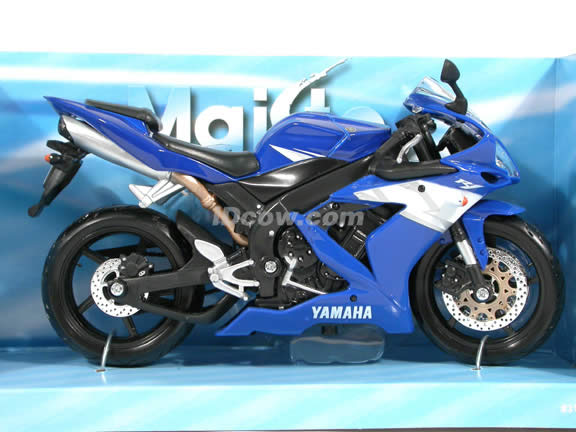 2004 Yamaha YZF R1 diecast motorcycle 1:12 scale die cast by Maisto -  Blue